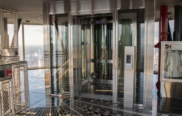 thang máy otis ở Empire State Building